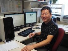 University of Arizona biomedical engineering professor Jeong-Yeol Yoon at his computer