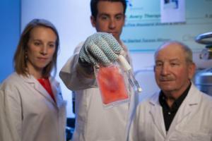 Left to right: Drs. Jen Koevary, Jordan Lancaster and Steve Goldman of Avery Therapeutics